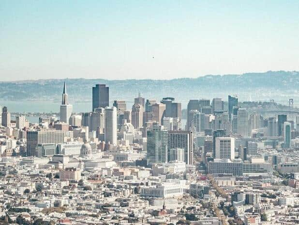 Find a Title Lender in California that has low fees and good customer service.