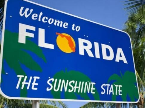 Choose between dozens of title lending companies in FL.